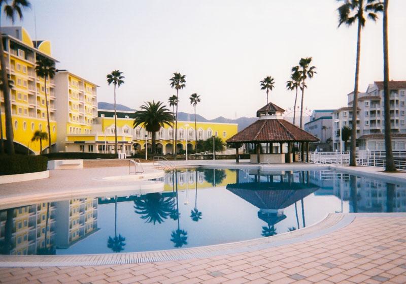 和歌山マリーナシティホテルの屋外プール