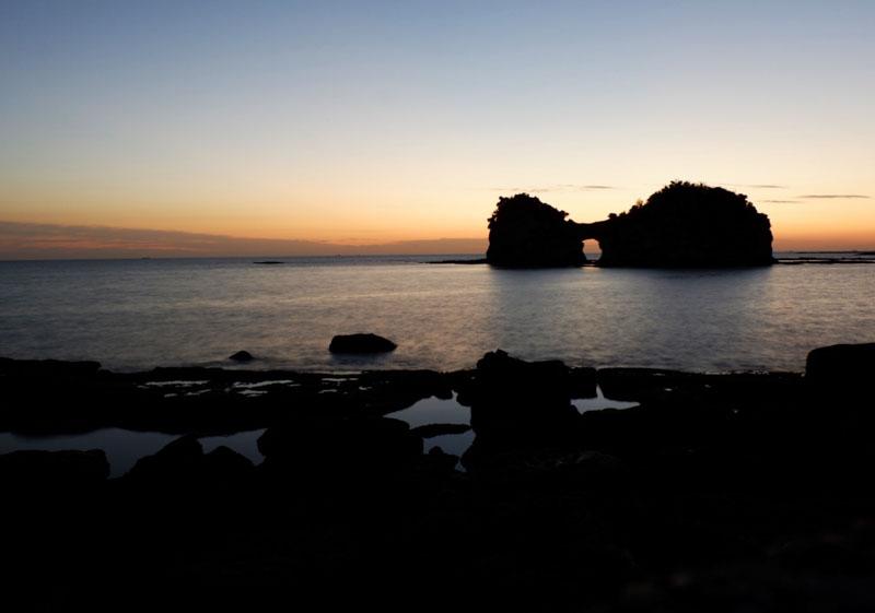 白浜の円月島