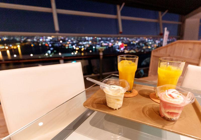 さきしまコスモタワー展望台のカフェ