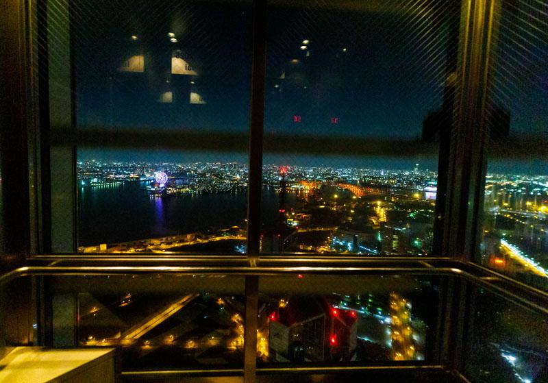 さきしまコスモタワー展望台のエレベーター