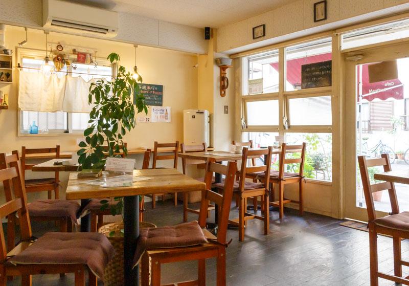CafeTsuQushiの内装2