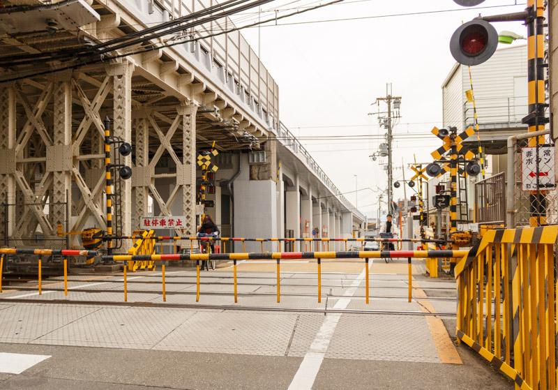東福寺駅の踏切