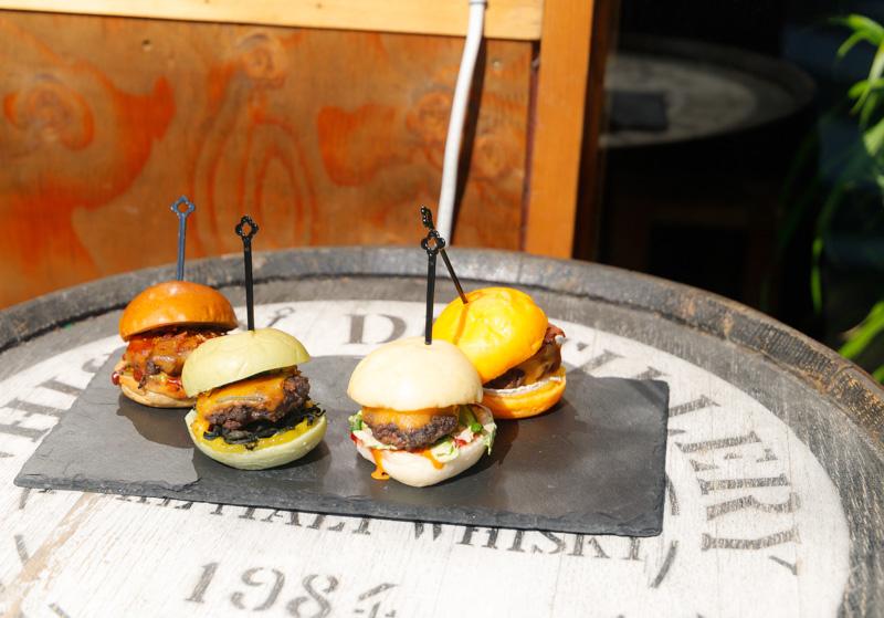 dragonburgerのミニバーガー