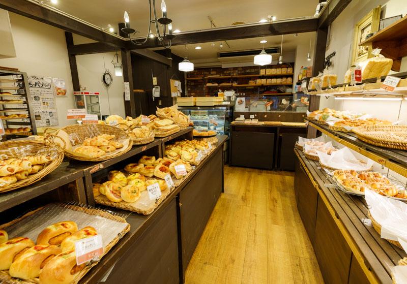 ゲベッケン泉涌寺店のパン2