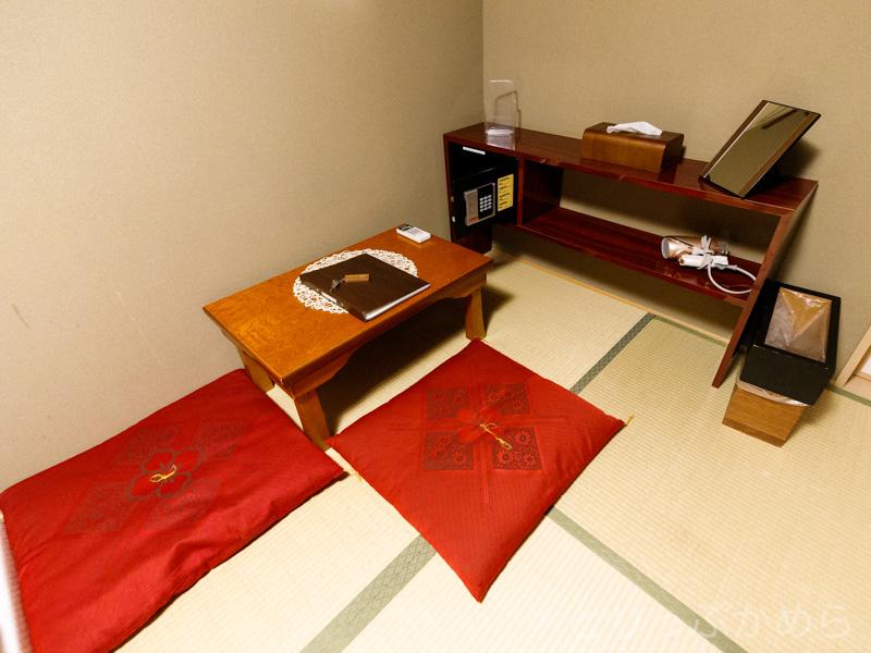 モゼイク町家の室内