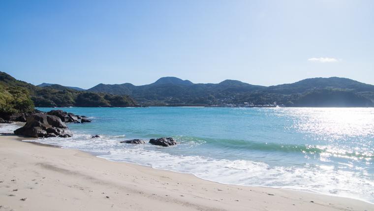 長崎旅行で海に行くなら人津久の浜が超綺麗でおすすめ