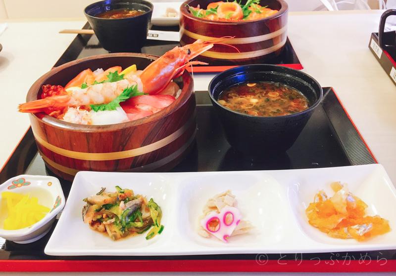 海鮮寿司とれとれ市場の海鮮丼