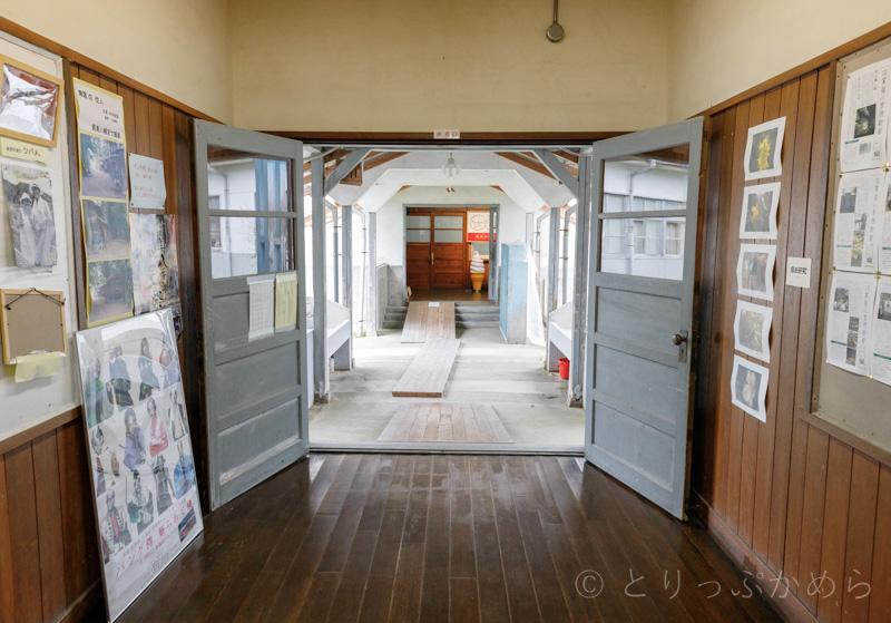 旧質美小学校の廊下