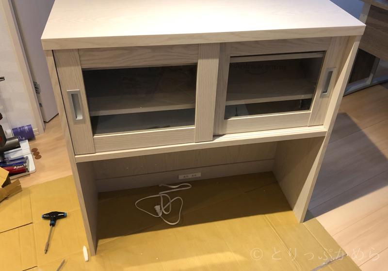 ロウヤの食器棚の上段完成