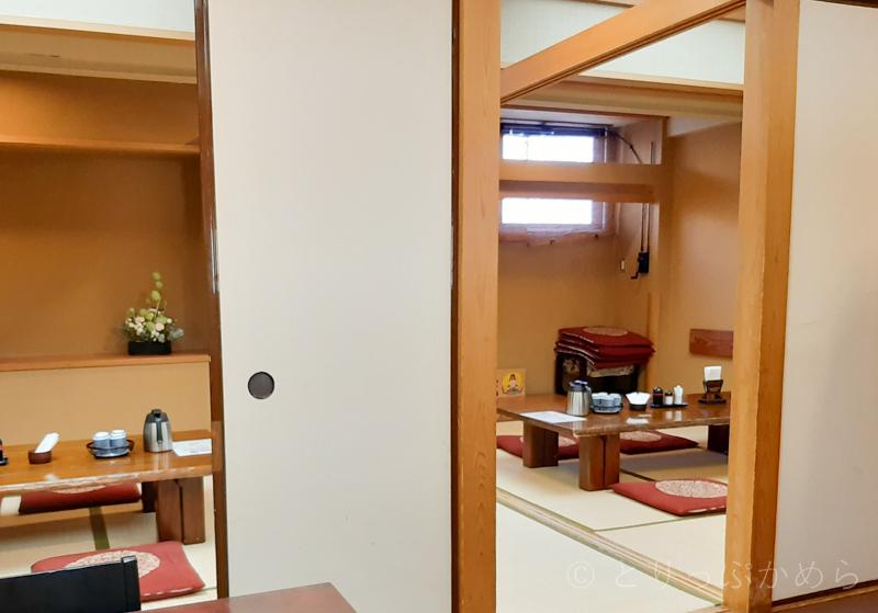 アジール奈良の朝食のお座敷席