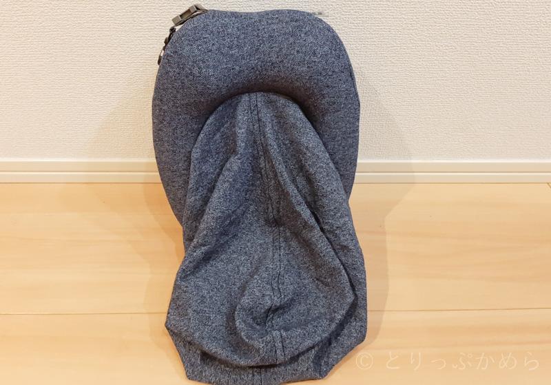 フード付きの首枕