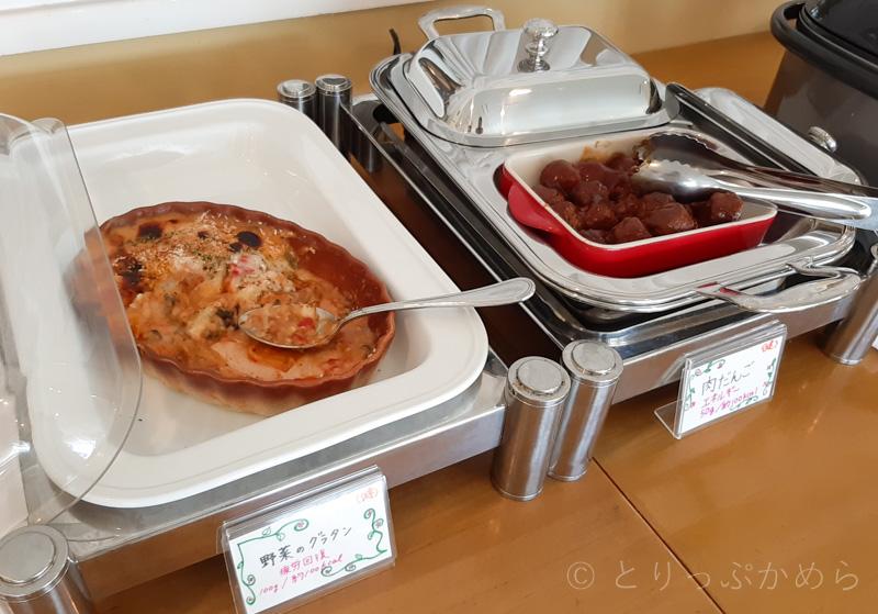 タラソカフェのグラタンと肉だんご