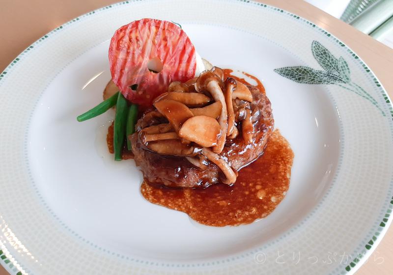 タラソカフェのメイン料理1